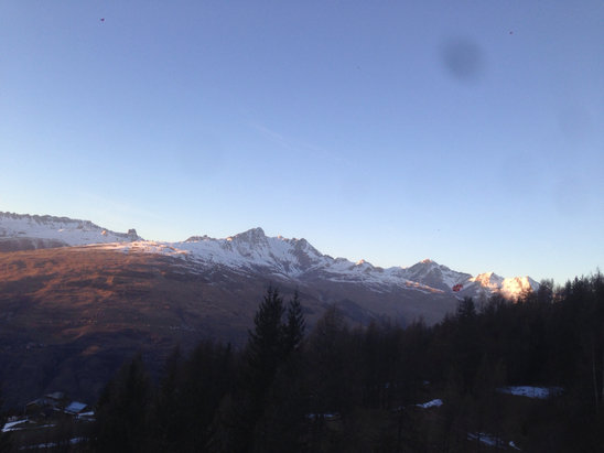 Peisey Vallandry - We need some snow but up about the grizzly life is good  - ©Richard's iPhone