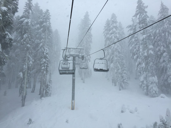 Sugar Bowl Resort - Firsthand Ski Report - ©iPhone