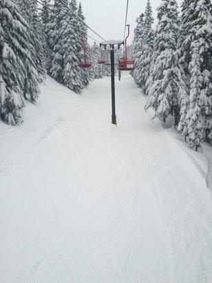 Mt. Hood Ski Bowl - Firsthand Ski Report - ©iPhone
