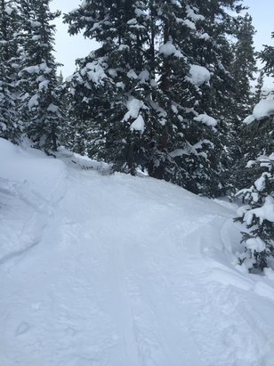 Keystone - Very few stashes left most of the hill is icy - ©Les Rebbeck i phone