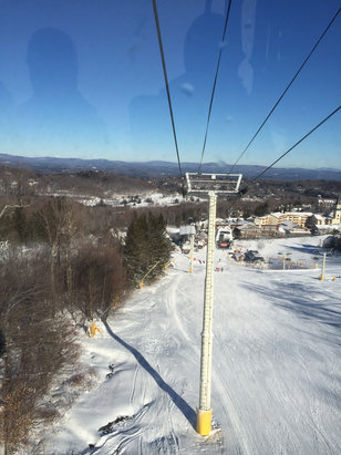 Stratton Mountain - Zero lift lines. Making bunch of snow. Great Mid-week day.  - ©Kevin Waters's iPhone
