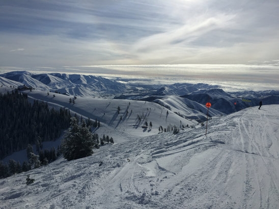 Sun Valley - Snow is fantastic! Visiting sun valley for the 1st time. Highly recommend skiing the bowls, which has the best snow on the mountain.  - ©Adam Klein's iPhone