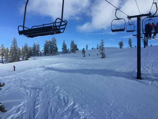Boreal Mountain Resort - What a nice day!!! Great powder...  - ©Vu's iPhone