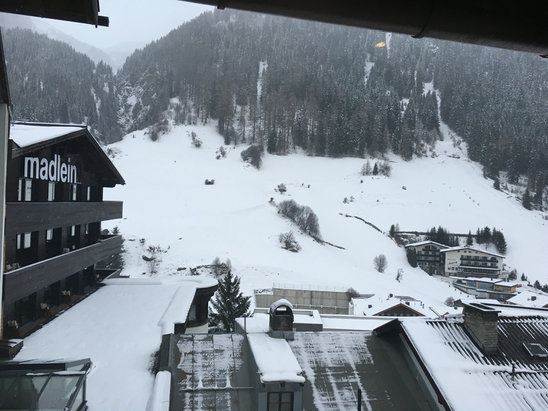 Ischgl - Firsthand Ski Report - ©MATTHEW STEVENS's iPhone