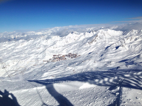 Val Thorens - Best days skiing of the week, loads of snow, clear skies, HEAVEN - ©Mike's iPhone