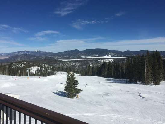 Angel Fire Resort - Had an awesome time weather was good snow was great not too crowded can't wait to go back  - ©iPhone