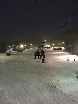 Ski Sundown - A much-needed little dump from Jonas on Saturday night 1.23.16 to add some natural snow to the mix. Gunbarrel best run on the hill tho all the racers gnarled it up by 4pm. Watch out for the wicked nasty sliders on Satan's Stairway. Snowborders should avoid Tom's Treat.  - ©Not bad for CT