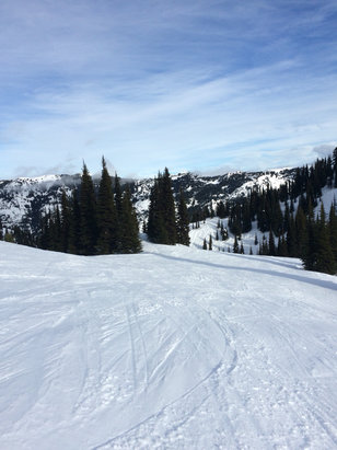 Crystal Mountain - Firsthand Ski Report - ©Brown-phone