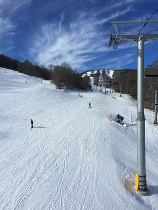 Sugar Mountain Resort - Beautiful day for skiing !  Six person high speed lift is a game changer !  - ©Paul Wylie's iPhone