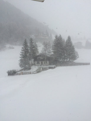 Alta Badia  - Snowing with strong winds, desperately needs some more snow but well groomed pistes in Corvara area. - ©iPhone