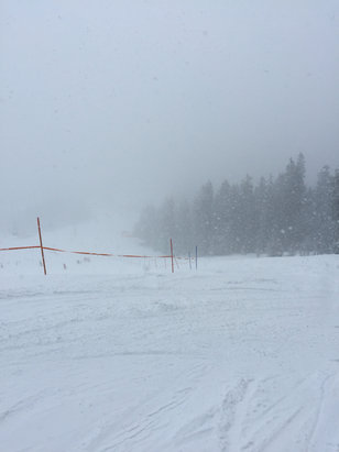 Garmisch Classic-Skigebiet - It snowed a lot yesterday. It was fun anyway. - ©iPhone