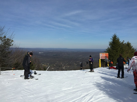 Camelback Mountain Resort - Had a great time there yesterday. All trails were open and lines moved fast. Can't wait to go back  - ©Pappa Jo