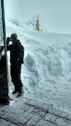 Chamonix Mont-Blanc - Top of Bouchard lift, epic - ©Charley's iPhone