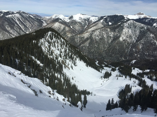 Taos Ski Valley - Conditions weren't great, but some good turns still to be found. First time here and I'll be back. - ©Greg Hemenway's iPhone