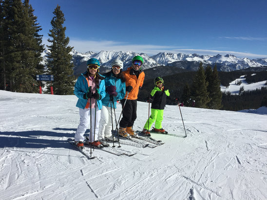 Vail - Sun + great snow + Vail's back bowls = happy family - ©Doug's iPhone 6 Plus