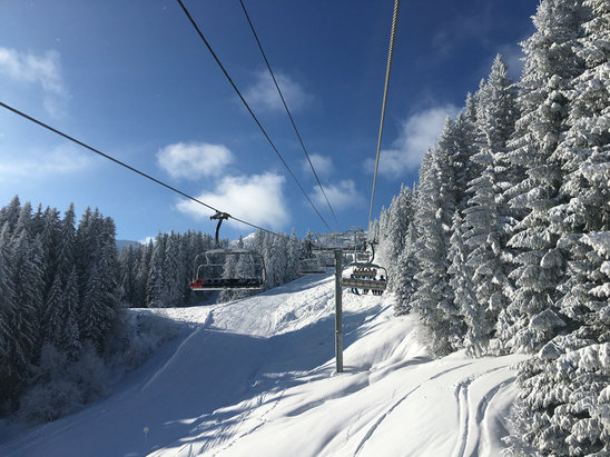 Morzine - Blue sky and great snow yesterday! - ©Jonathan's iPhone