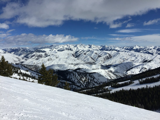 Sun Valley - Monday was getting crunchy, but fresh snow awaits this weekend  - ©Christina Erland's iPhon