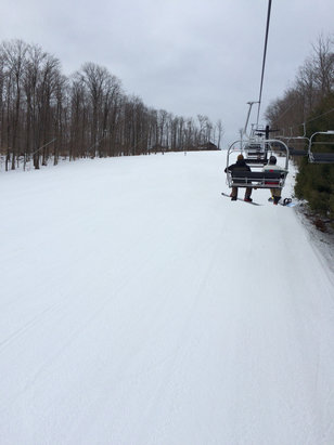Peek'n Peak - Firsthand Ski Report - ©That chicks iPhone