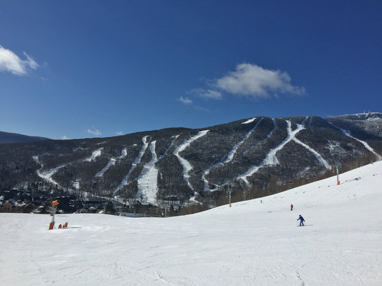 Stowe Mountain Resort - Bluebird day conditions were very good - ©Rob's iPhone