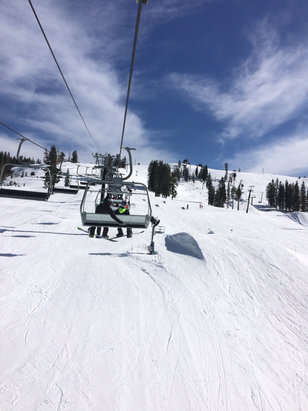 Boreal Mountain Resort - Cloudy and perfect on Friday afternoon  - ©Lou