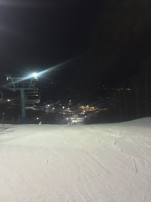Holiday Valley - Decent conditions tonight.  Some icy patches and somewhat granular snow, but much better coverage & conditions than I'd expected based on the weather as of late.  Certainly worth the trip!  Rental equipment was excellent!! - ©SabresfortheCup