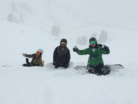 Vail - Powder day! At least six inches  - ©lizd