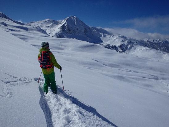 Baqueira - Beret - Grand beau, 30 de peuf et du grand ski avec des potes !!!! Une des plus belle journée de la saison !!! - ©iPhone