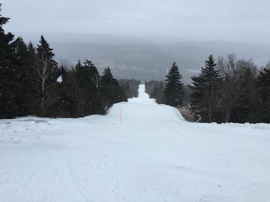 Okemo Mountain Resort - It's snowing.  ICE and bare spots but no complaints given the season  - ©Ninja Samurai 416
