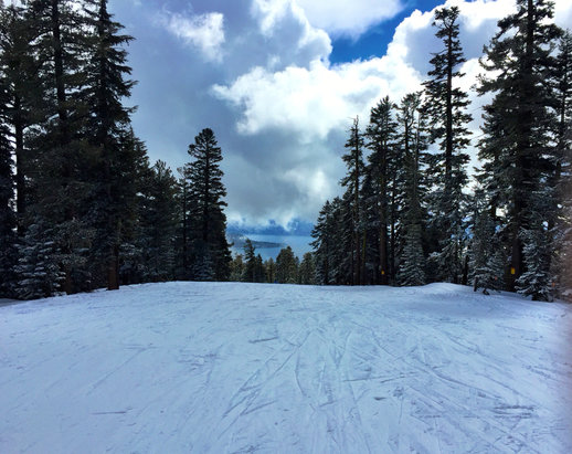 Northstar California - Heavy snow now, but awesome conditions! Fresh powder everywhere.   - ©Smessing