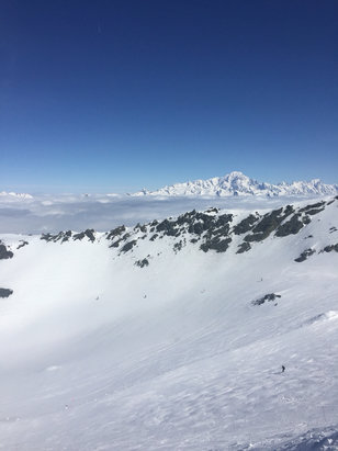 La Plagne - Still some great skiing to be had at the top of the glacier. Could do with another dump of snow on the rest of the lower slopes. Weather fantastic today. Got to see Mont Blanc... - ©iPhone (3)