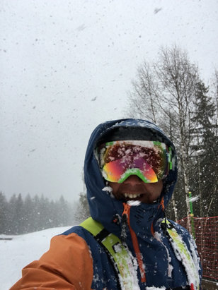 Chamonix Mont-Blanc - Dumping snow at grand Montets  - ©Smithy iPhone