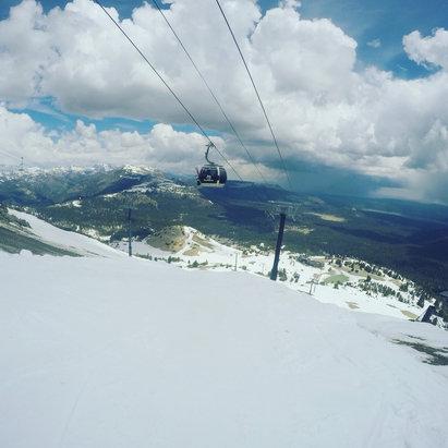 Mammoth Mountain Ski Area - Firsthand Ski Report - ©robertm's iPhone