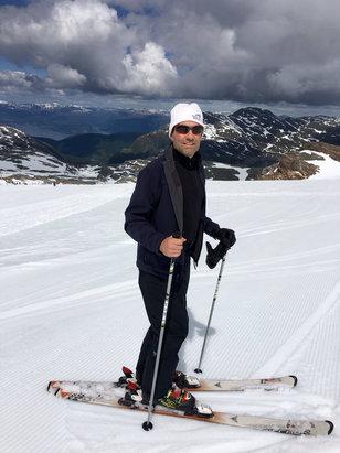 Fonna Glacier - Firsthand Ski Report - ©EN