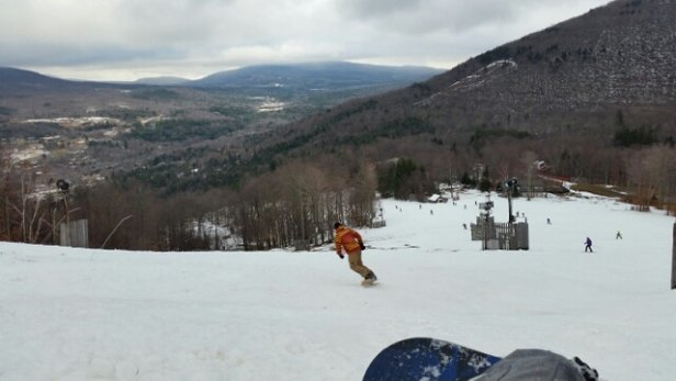 Hunter Mountain - Good runs with 11 trails open - ©acejet23