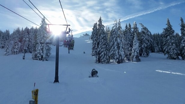 Mt. Bachelor - snow is pretty icey today but the groomers were good. huge storm coming tommorow should be good - ©anonymous