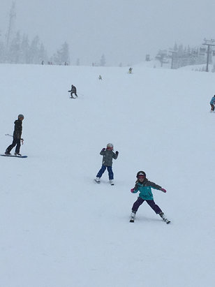 The Summit at Snoqualmie - Pretty nice today! - ©Erin G