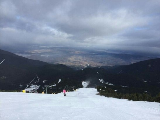 Bansko - Still all technical snow. Decent groomed runs. Icy later in the day. Still wicked!  - ©Bingo Bango Man