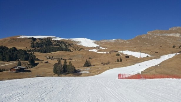 Val Gardena - Gröden - all man made. very well groomed.  blue skies.  falling temperatures. enjoying every moment.  still no snow in the forecast..... - ©sore legs!