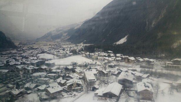 Mayrhofen - massive dump!  - ©Beverley & Carl Wade