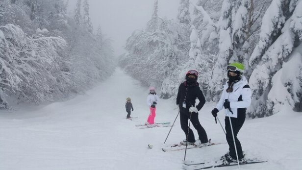 Tremblant - great snow. a bit crowded at the base but worth the wait.  - ©borja