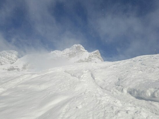 Braunwald - the best mountian for the price I have ever had. loved the mountian great lifts. decent back country - ©anonymous