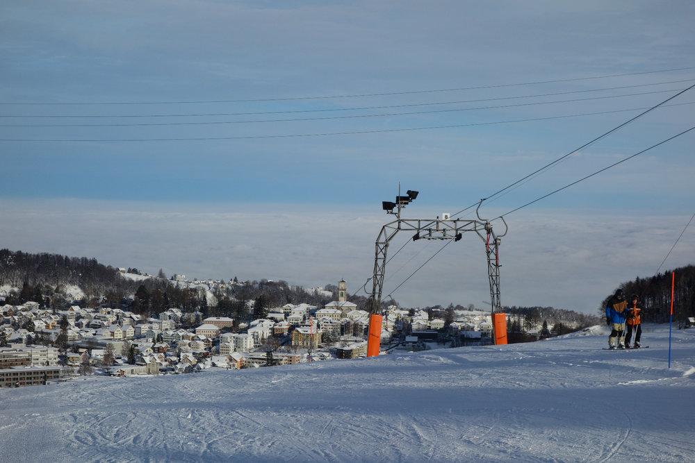 Mit dem Lift nach oben im Skigebiet Skilift Heiden - ©Skilift AG Heiden