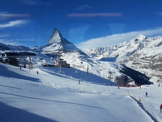 Zermatt - despite no new snow for a while snow is still good due to sub zero tempratures. Still skiing down to resort level. Beautiful conditions sunny and no wind. - ©paulharding1979