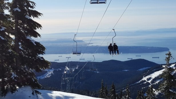 Cypress Mountain - Nice cold sunny day up here. Snow getting a bit scraped off and icy. Making some snow dye to the cold, I like the planning ahead! - ©madmagie