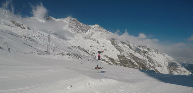 Saas Fee - Great snow and weather!  - ©iPhone de Ignacio