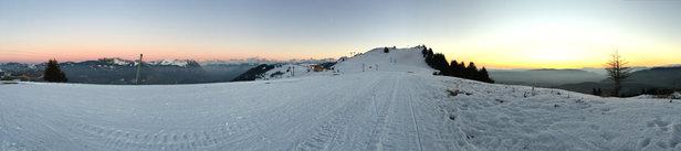 Les Brasses - Neige parfaitement bien damée et agréable à skier !! Semaine exceptionnelle, ciel totalement dégagé.  - ©NM
