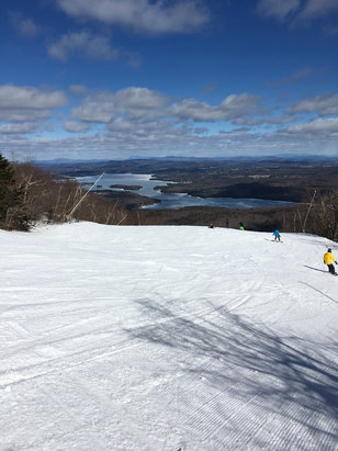 Mount Sunapee - Pretty good day today, all things considered.  About 65% open and all groomed.  Sunbowl lift opened at 10am. - ©bw411