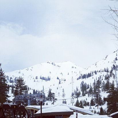 Squaw Valley - Alpine Meadows - stormy weather coming - ©sepinner