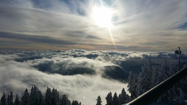 Cypress Mountain - over the clouds! beautiful day ! - ©huwi
