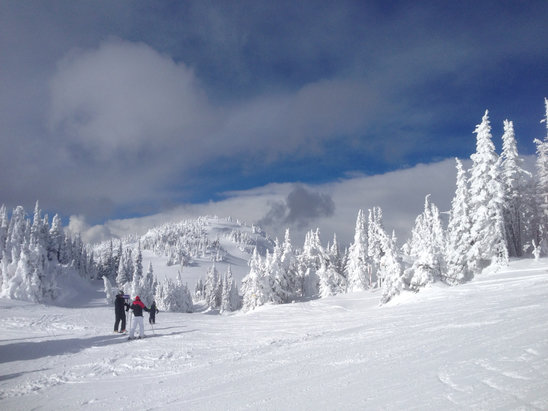 Sun Peaks - Another beautiful day of skiing.  Seriously... near perfect conditions. - ©B'siPhone5